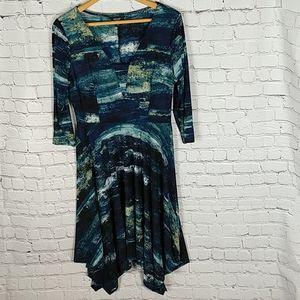 Vera Wang Dress 3/4 Sleeve Handkerchief Hem